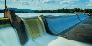 Een foto van een waterdam